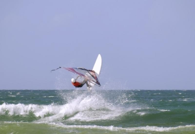 Icarus Surfclub in Zeebrugge