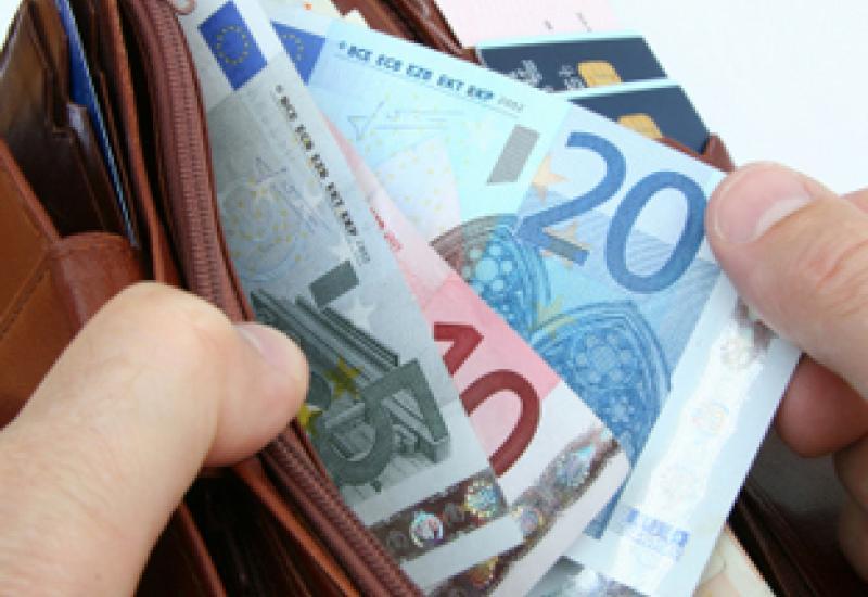 Belg-laat-geld-rollen
